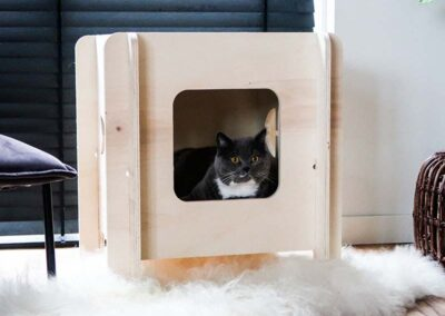 lourenswoodworks_kattenhuis_kattja_hout_metkat