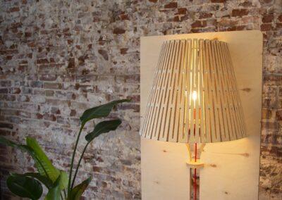 lourenswoodworks_designlamp_magnus_hout_closeup
