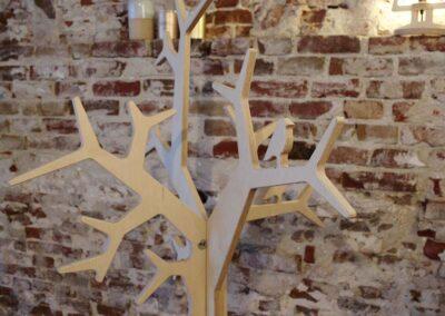 lourenswoodworks kapstok boom tilli blank hout detail vogel