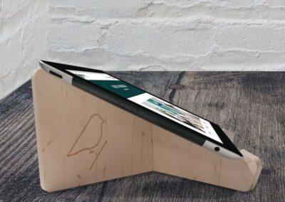 lourenswoodworks tablethouder ville hout met ipad